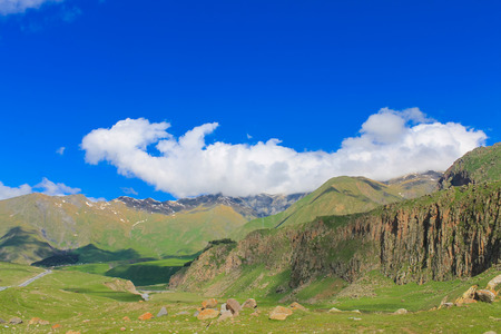 green ridge: caucasus mountains