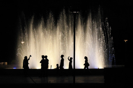 beauty fountain: silhouettes opposite of the fountain 5