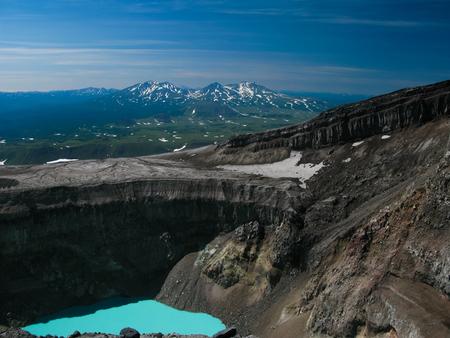 acido: Crater acid lake in Gorely volcano, Kamchatka peninsula, Russia