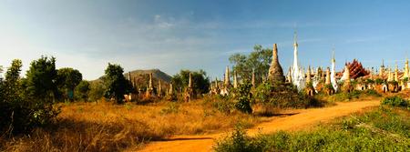 inn: Panorama of Ruined buddhist stupas in Inn Dein, Myanmar