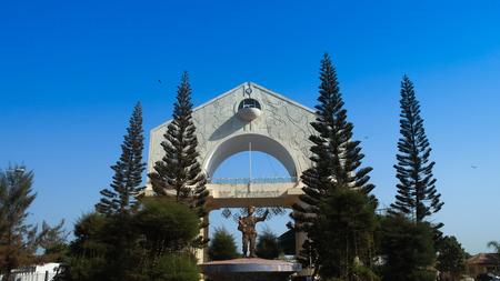 Arch 22 is the main symbol of Banjul, Gambia Archivio Fotografico