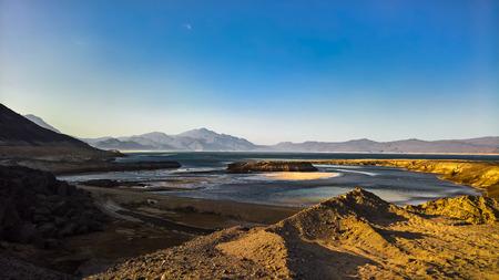 분화구 소금 호수 Assal, 지부티의 파노라마