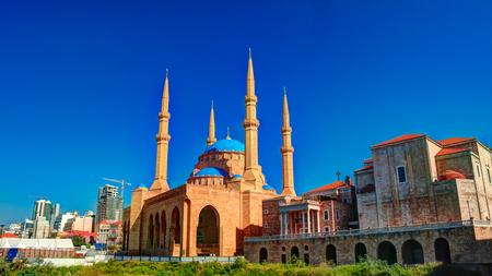 베이루트, 레바논에있는 모하마드 알 아민 모스크의 외관
