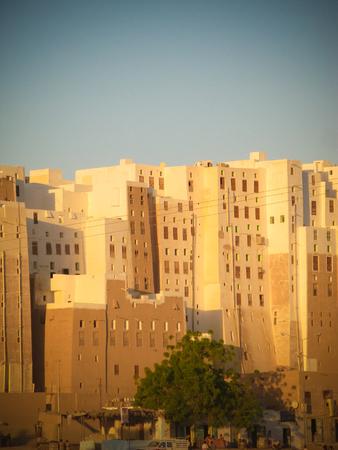 Panorama of Shibam mud skyscrapers in Hadramout, Yemen Stock Photo