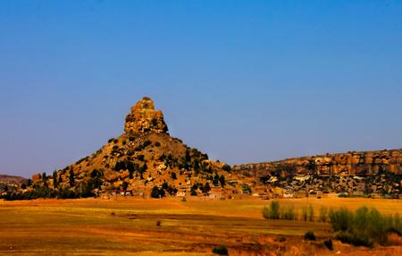 Basotho 거룩한 산, 레소토의 상징 레소토에서 Maseru 근처 레소토의 공중보기 스톡 콘텐츠