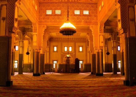 Interior of Niamey Grand mosque, Funded with money from Libyan Government of Gaddafi - 21 september 2017 Niamey, Niger 에디토리얼