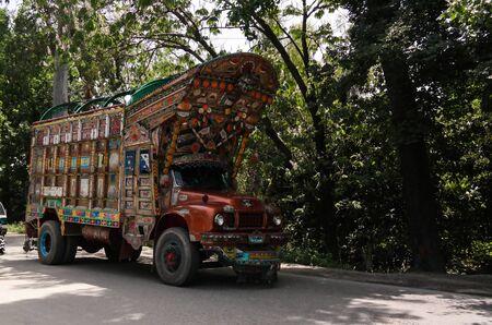 The Decorated truck - 07.052015 Karakoram highway Pakistan 에디토리얼