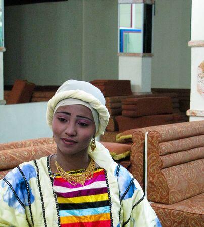 Portrait of the woman dancer of traditional yemeni dance in Sanaa, Yemen 에디토리얼