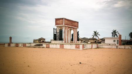 Porte de l'arche d'architecture sans retour à Ouidah, Bénin