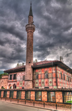 Exterior view to Spotted Mosque Alaca Cami Kalkandelen aka painted mosque in Tetovo, North Macedonia 写真素材 - 123836373