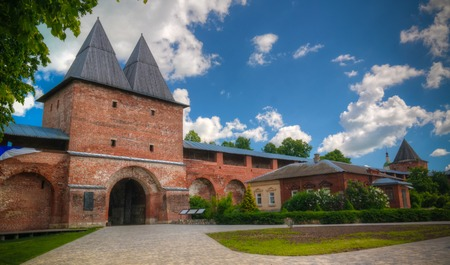Exterior view to Zaraysk Kremlin wall with bastion and St. Nicholas Tower at Moscow region, Russia Stok Fotoğraf