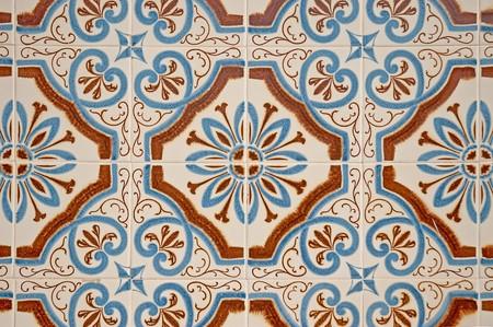 ceramics: Antiguo dacade portugu�s tradicional azulejos de fondo.  Foto de archivo