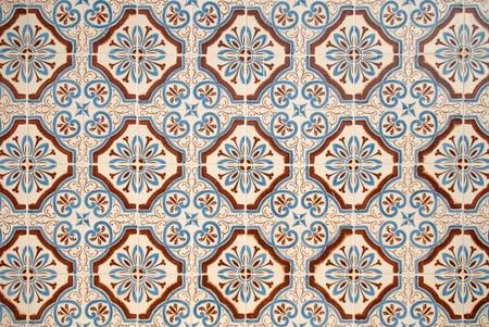spanish homes: Decorazione di muro di piastrelle in ceramica colorata stile vintage spagnola. Archivio Fotografico