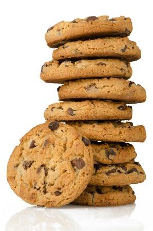 cookie chocolat: Biscuits aux brisures de chocolat isol� sur fond blanc.