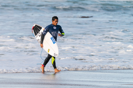 ribeira: ERICEIRA, PORTUGAL - JANUARY 12, 2015: Mihimana Braye PYF during the 2016 World Junior Championships, Mens Junior Tour 1 at Ribeira DIlhas beach - Ericeira, Portugal.