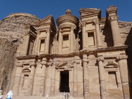 petra  jordan: The Tresury from the Siq, Petra, Jordan
