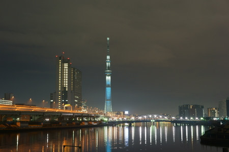 sumida ku: Sumida River along the night view Editorial