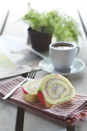 Strawberry Swiss Roll cake Reklamní fotografie