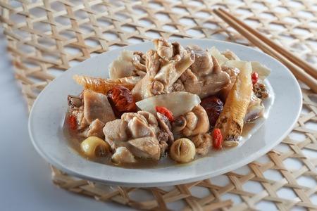 diet dinner: Steam Chicken with Chinese Herbs