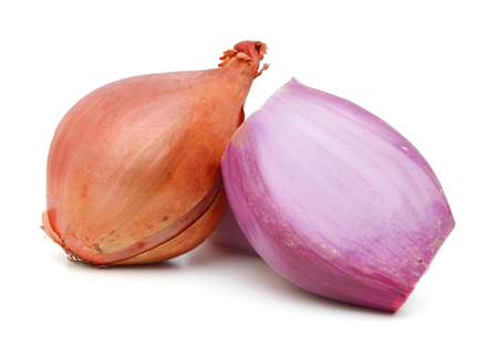 Red onions isolated on white background Stock Photo - 96481215