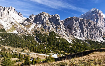 bos: Cima Falzarego, Col de Bos, Rozes and highest Tofana di Rozes mountain peaks in Tofana mountain group in Dolomites Stock Photo