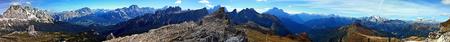 panorama spectaculaire sur la montagne depuis le sommet de Nuvolau dans les Dolomites Banque d'images