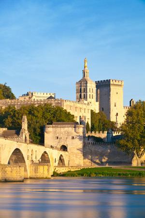 avignon: Avignon Bridge with Popes Palace and Rhone river at sunrise, Pont Saint-Benezet, Provence, France