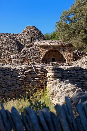 luberon: Bories village in Gordes, Luberon Provence, France Stock Photo