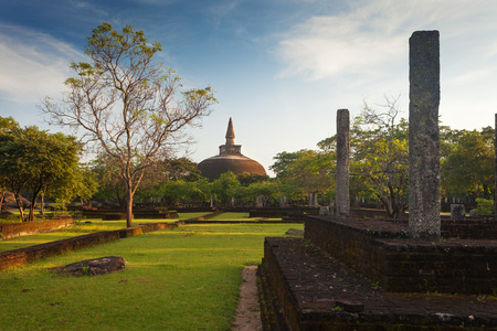 dagoba: Panorama of ancient ruins in Polonnaruwa with Rankoth Vihara golden Pinnacle dagoba
