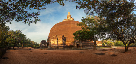 dagoba: Panoramic view of Rankot Vihara Golden Pinnacle Dagoba in ancient ruins of Polonnaruwa, Srilanka, Asia