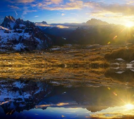 nieużytki: Panorama stitched, Jezioro gór od gór Dolomity, WÅ'ochy
