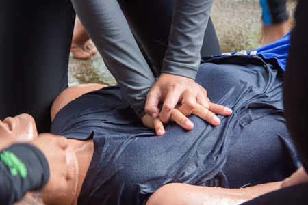 two hand compression in cpr training drowning course