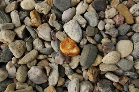 empedrado: Primer de la acera pavimentada con peque�as piedras