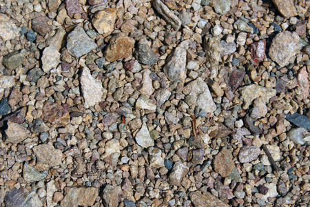 detai: small pebbles