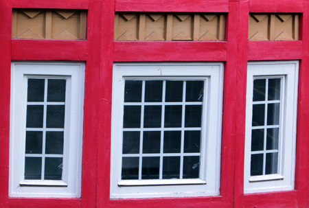 transom: Decorative wooden window rural rustical detail