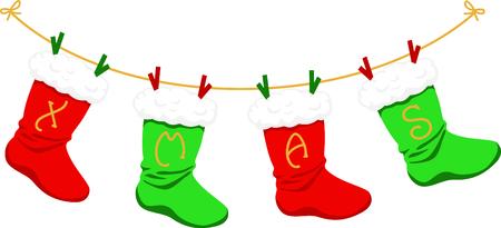 Dekorieren für Weihnachten mit dieser Reihe von grünen und roten Strümpfen. Standard-Bild - 43843056