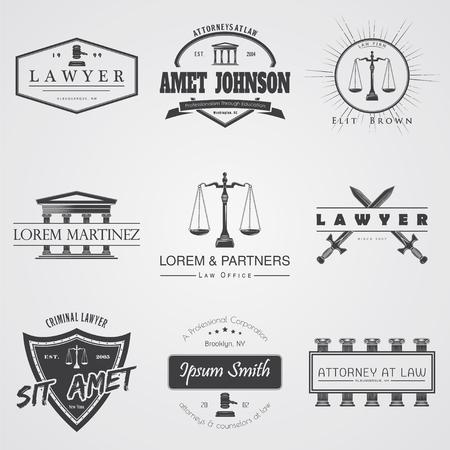 弁護士サービス。法律事務所。裁判官、地方検事弁護士ビンテージ ラベル一式。正義のスケール。裁判所のシンボル。 活版印刷ラベル、ステッカー  イラスト・ベクター素材