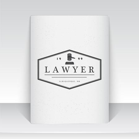 abogado: Servicios de abogado. Oficina de Leyes. El juez, el fiscal, el abogado de etiquetas de la vendimia. Escalas de la justicia. Tribunal de símbolo de la ley. Hoja de papel blanco. Tipográfico etiquetas, pegatinas, insignias y distintivos. Ilustración vectorial Flat Vectores