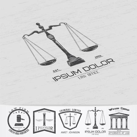 ley: Servicios de abogado. Oficina de Leyes. El juez, el fiscal, el abogado de etiquetas de la vendimia. Escalas de la justicia. Viejo grunge retro vintage. Tipogr�fico etiquetas, pegatinas, insignias y distintivos. Ilustraci�n vectorial Flat