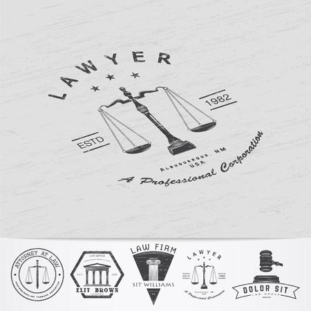 abogado: Servicios de abogado. Oficina de Leyes. El juez, el fiscal, el abogado de etiquetas de la vendimia. Viejo grunge retro vintage. Tipográfico etiquetas, pegatinas, insignias y distintivos. Ilustración vectorial Flat Vectores