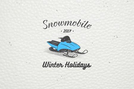 Louer une motoneige pour des vacances d'hiver et vacances. Montagne et Outdoor Adventures. éléments détaillés. Old grunge retro vintage. étiquettes typographiques, des autocollants, logos et badges
