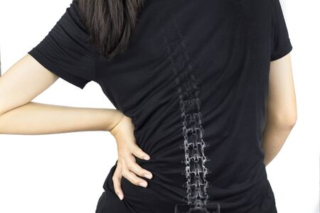 colonne vertébrale os blessure fond blanc