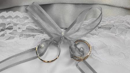 honeymooners: Anillos de boda