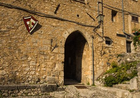 di: San Donato Val di Comino, arch