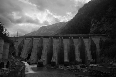 hindrance: barrage dam in Aragon, Spain, after flood, bw