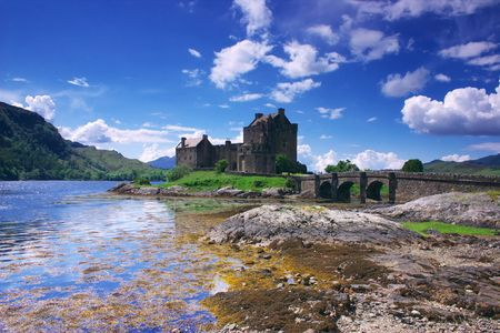 13th: Eilen Donan Castle in Scotland lays at the meeting point of three sea lochs (Duich, Alsh and Long) and is one of Great Britains most emblematic visitor attractions. Built in the late 13th century it was completely rebuilt in the early 20th century and is