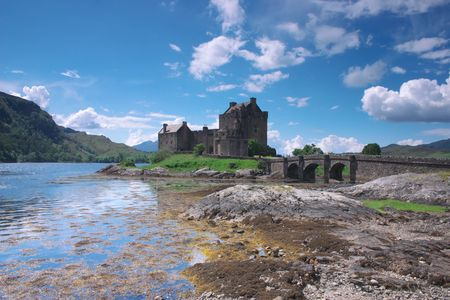 lochs: Eilean Donan Castle in Scotland lays at the meeting point of three sea lochs Duich, Alsh and Long and is one of Great Britains most emblematic visitor attractions.