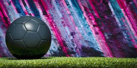 Pancarta panorámica de una pelota de fútbol o fútbol en un campo de deportes con un telón de fondo de coloridas rayas rosas y azules con espacio de copia y viñeta Foto de archivo