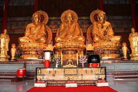 lengnoeiyi: Lengnoeiyi, Chinese temple, thailand