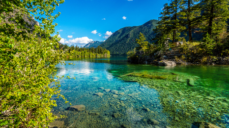 dive trip: The crystal clear waters of Pavilion Lake in Marble Canyon Provincial Park, British Columbia. The lake has international fame because of freshwater microbialites Stock Photo